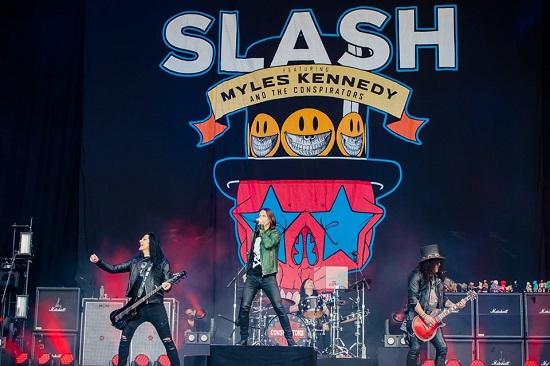 Slash at Download 2019